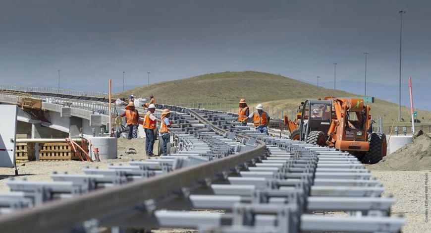 Lavori di manutenzione delle pavimentazioni della piattaforma autostradale